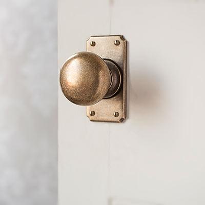Holkham Door Knob with ilkley short