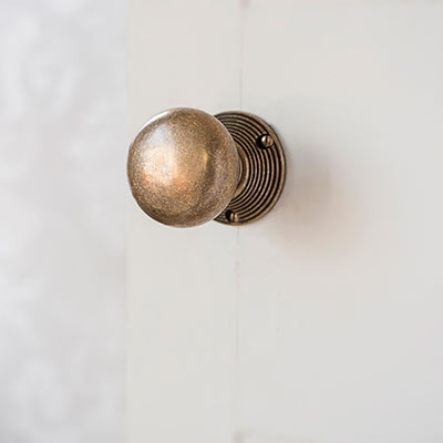 Holkham Door Knob with Reeded Backplate
