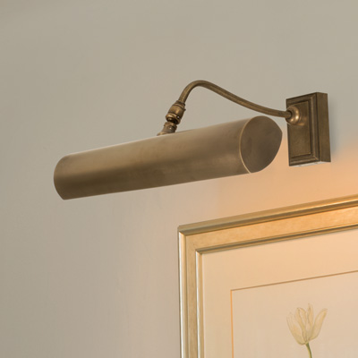 DRUMMOND PICTURE LIGHT MED (W) IN ANTIQUED BRASS