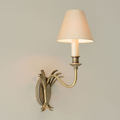 Single Plantation Wall Light