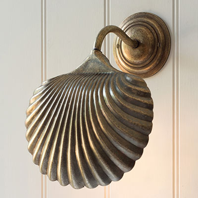 Scallop Wall Light