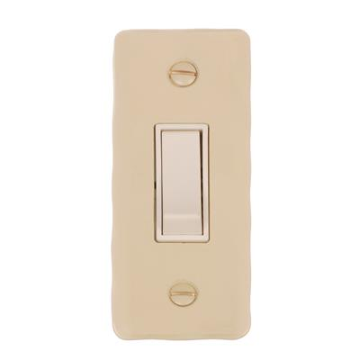 1 Gang White Modular Grid Switch Hammered Architrave Plate