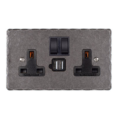 13amp 2 Gang Dual USB Port Plug Socket, Black Switch, Hammered Plate