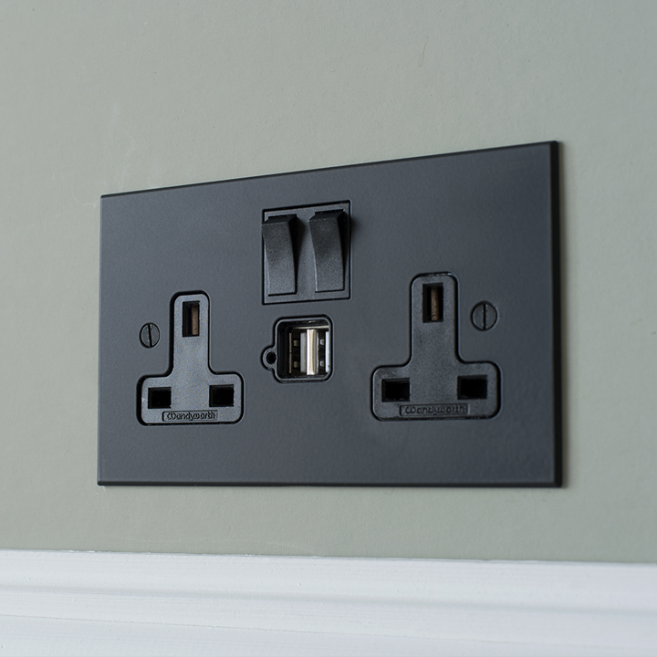 How to wire switches and sockets