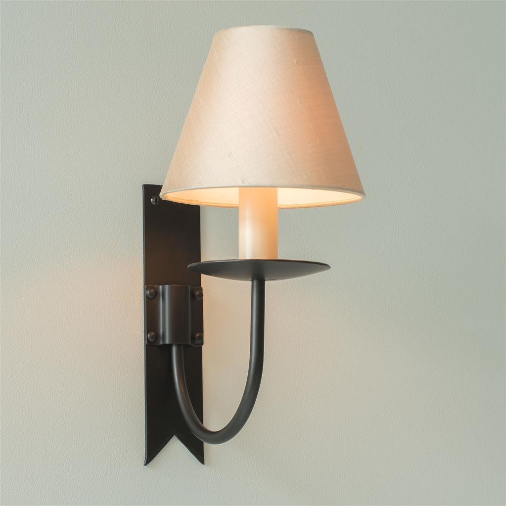 Single Cottage Wall Light in Matt Black