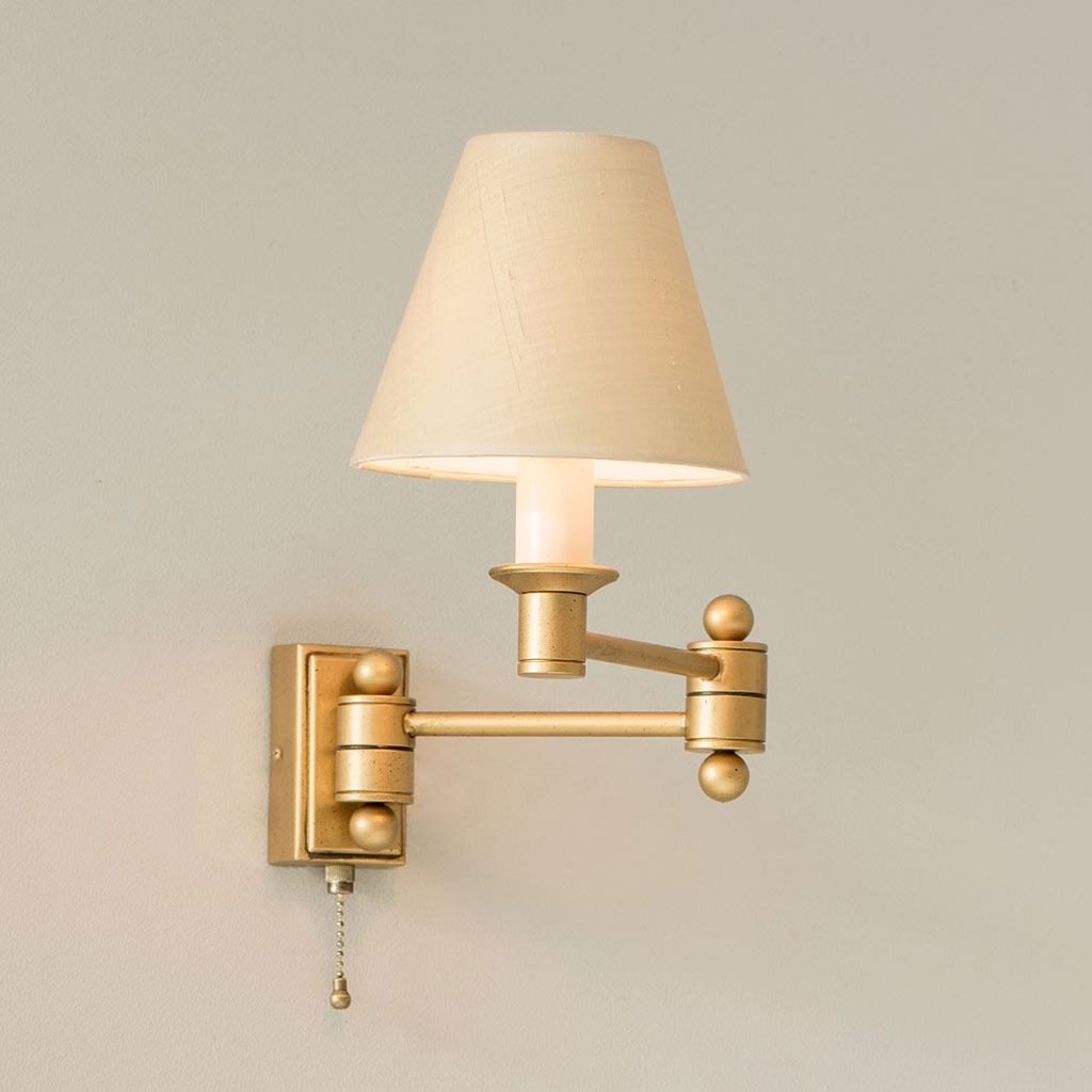 Gold Adjustable Wall Lights Elegant Hinged Arm Wall Light with Pull Cord
