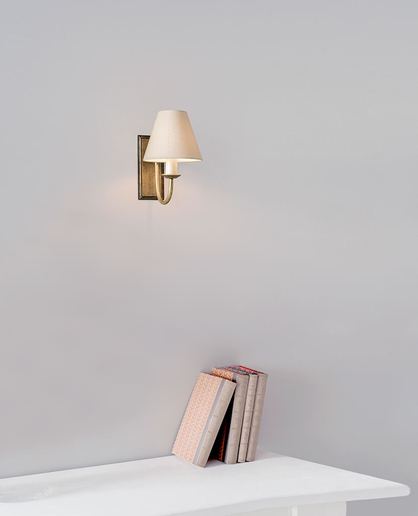 Single Gosford Wall Light in Antiqued Brass
