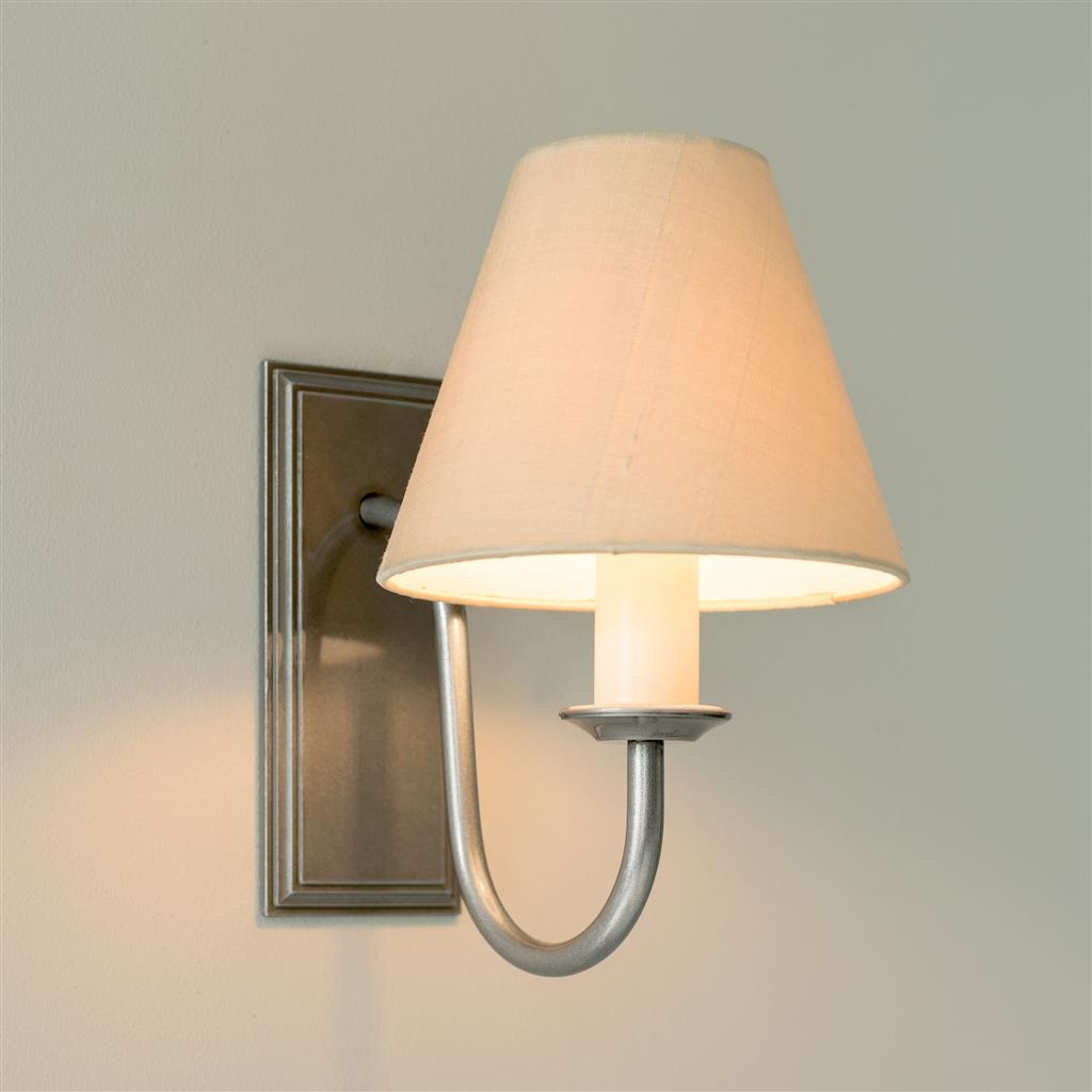 Single Gosford Wall Light in Polished