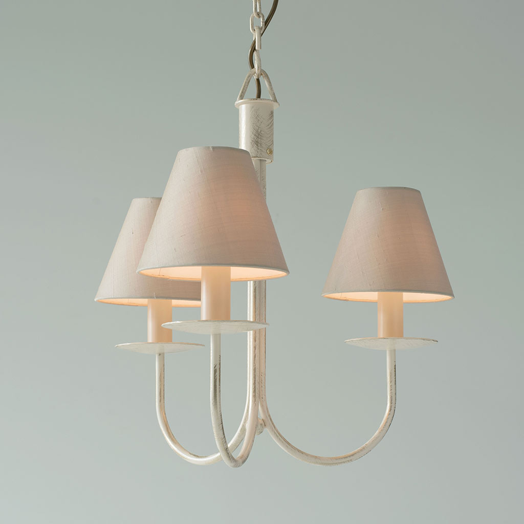 Three Arm Classic Pendant Light in Old Ivory
