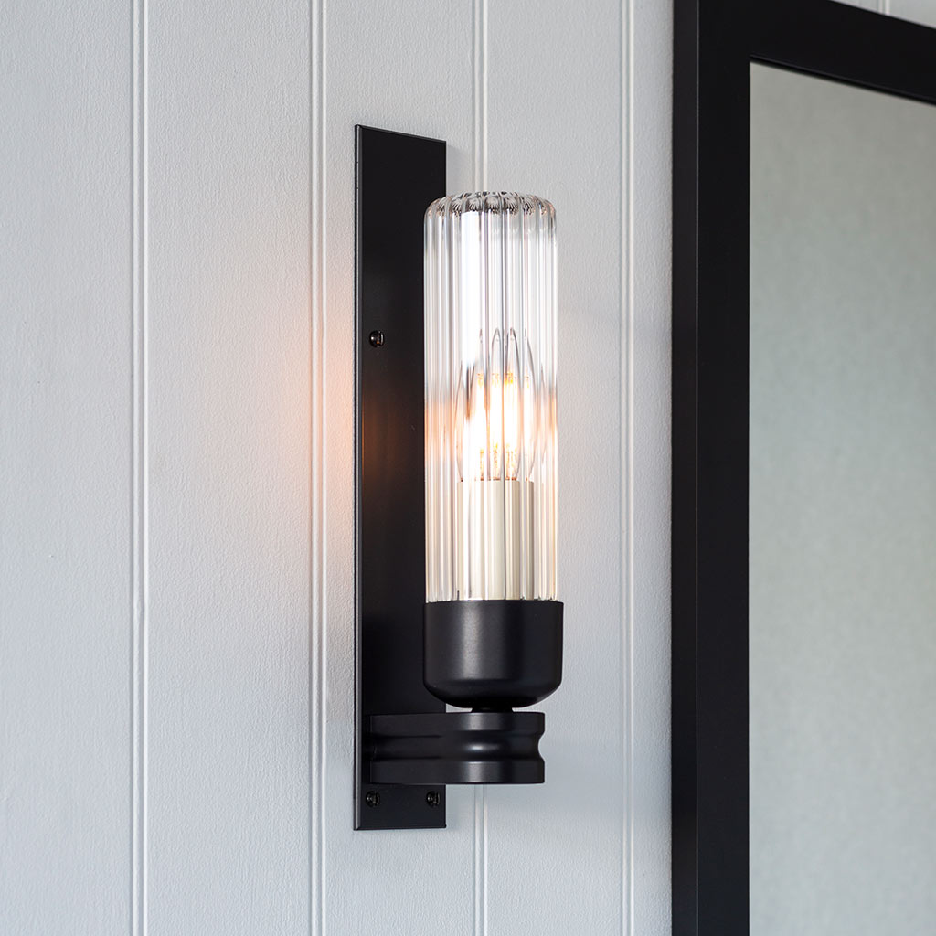 Raydon Wall Light in Matt Black (Fluted Glass)