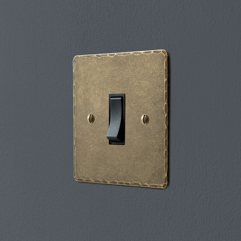 Double Pole Isolator (No Neon) Antiqued Brass Hammered Plate, Black Switch