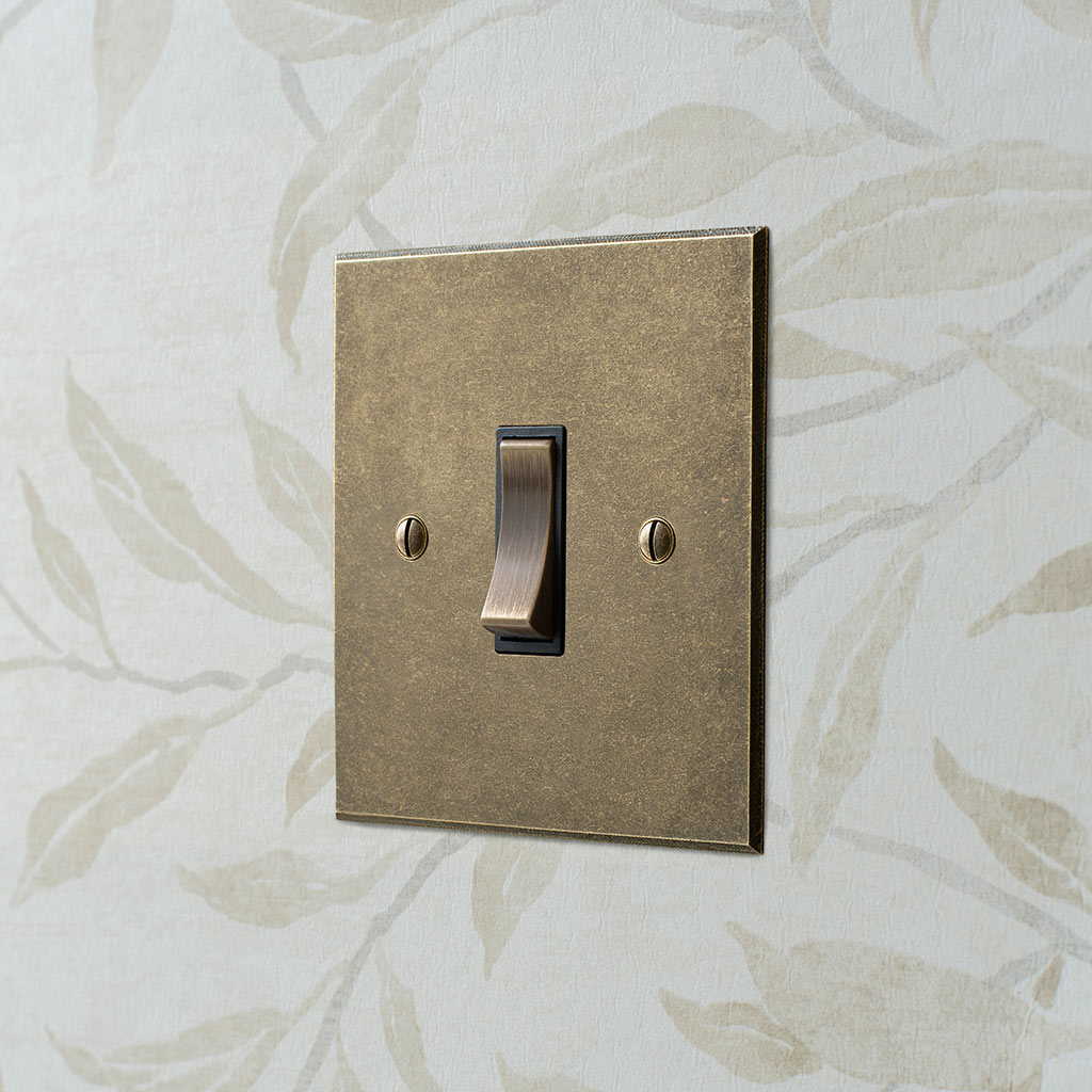 1 Gang Brass Grid Switch Antiqued Brass Bevelled Plate