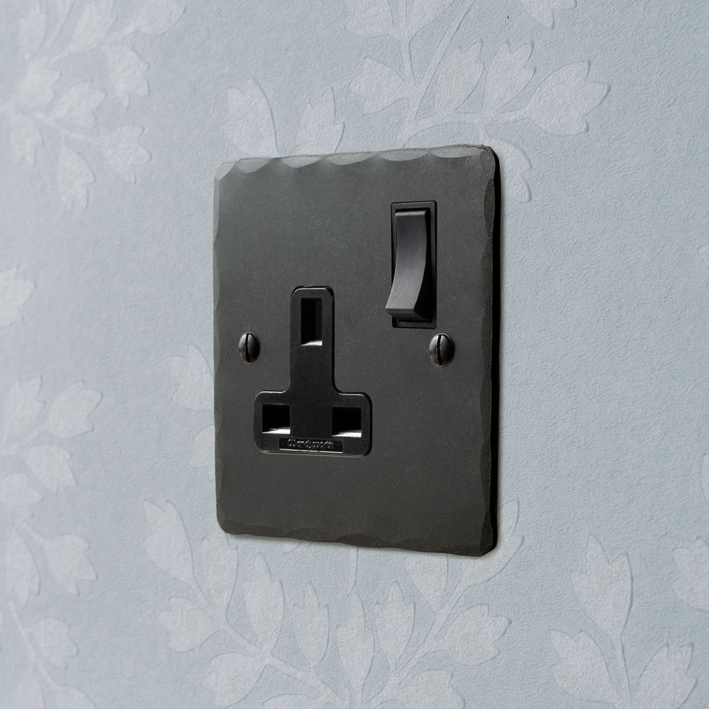 1 Gang Plug Socket Beeswax Hammered Plate, Black Switch