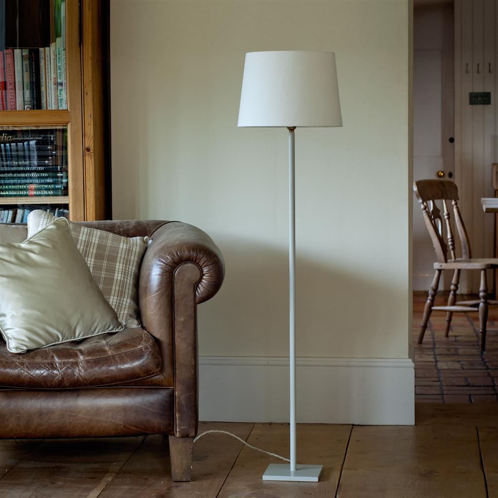 Porter Sofa Lamp in Clay