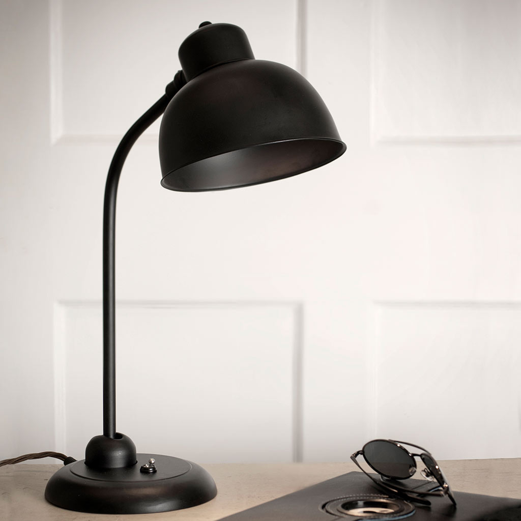 Newark Desk Lamp in Matt Black