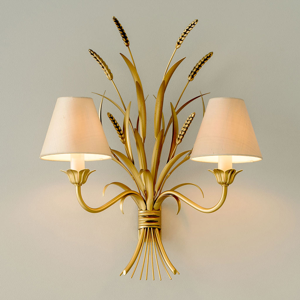 Sussex Wall Light in Old Gold