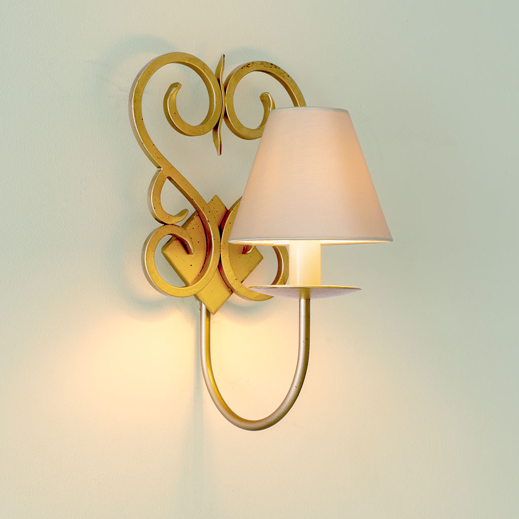 Single Jalousie Wall Light in Old Gold