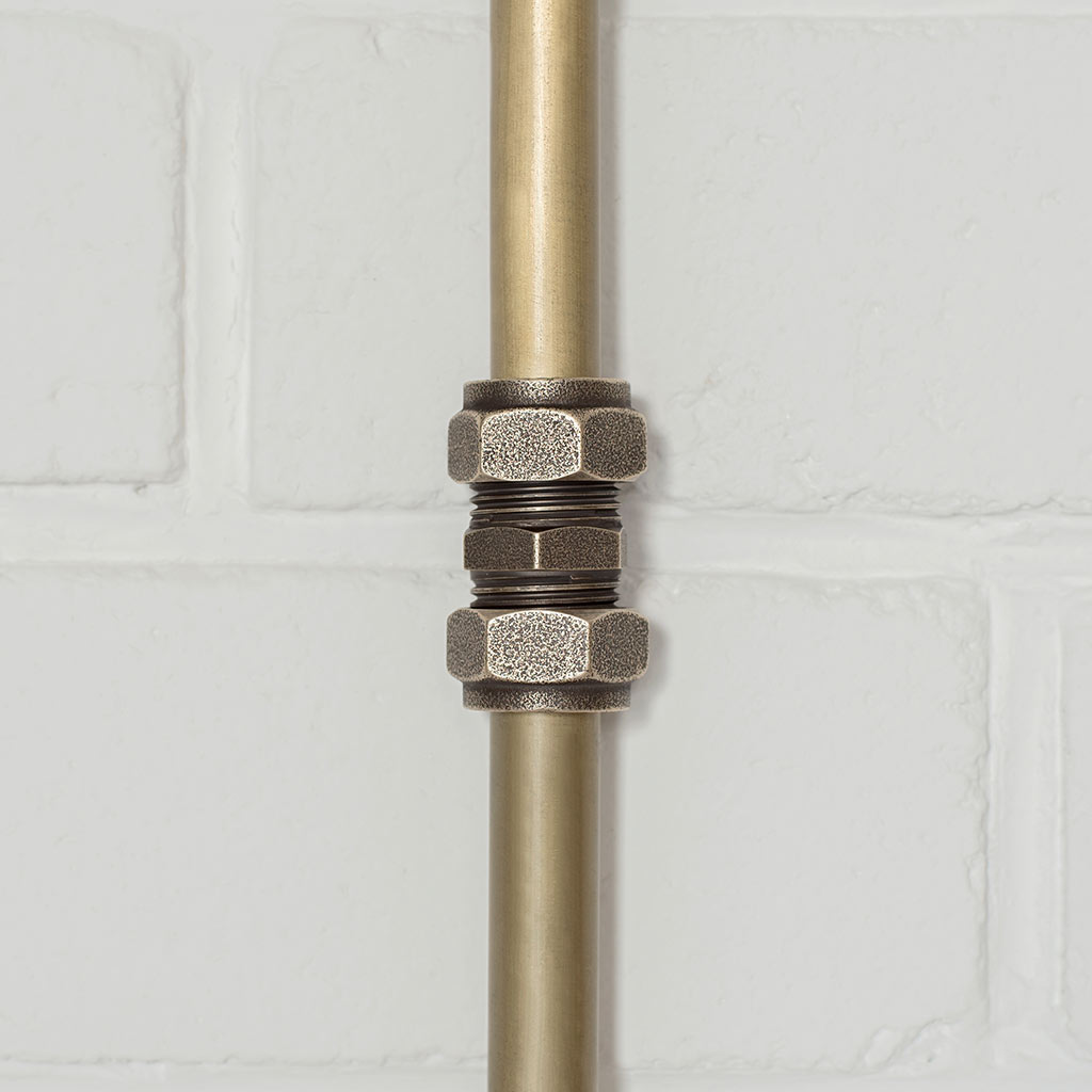 Conduit Straight Joiner in Antiqued Brass