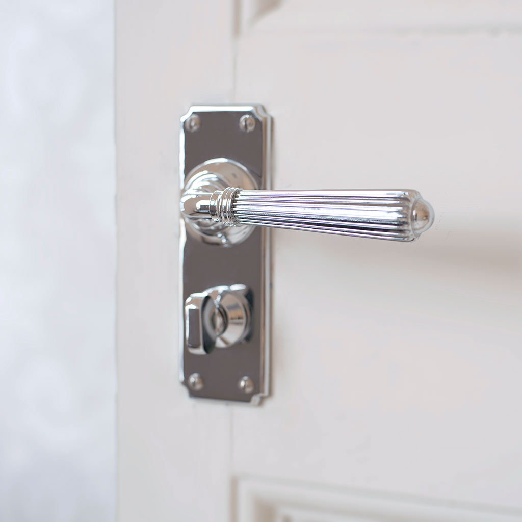 Bromley Handle, Ilkley Privacy Plate, Nickel