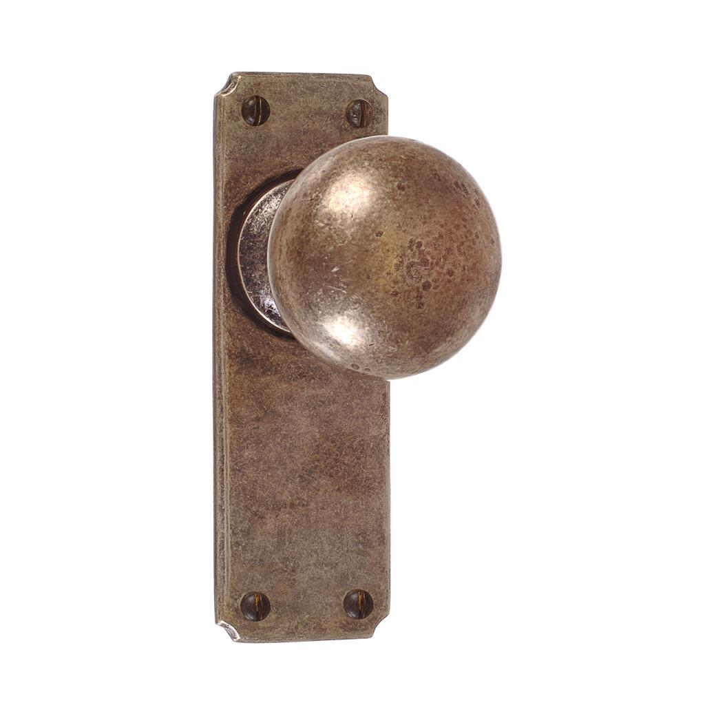 Holkham Door Knob, Ilkley Plain Plate, Antiqued Brass