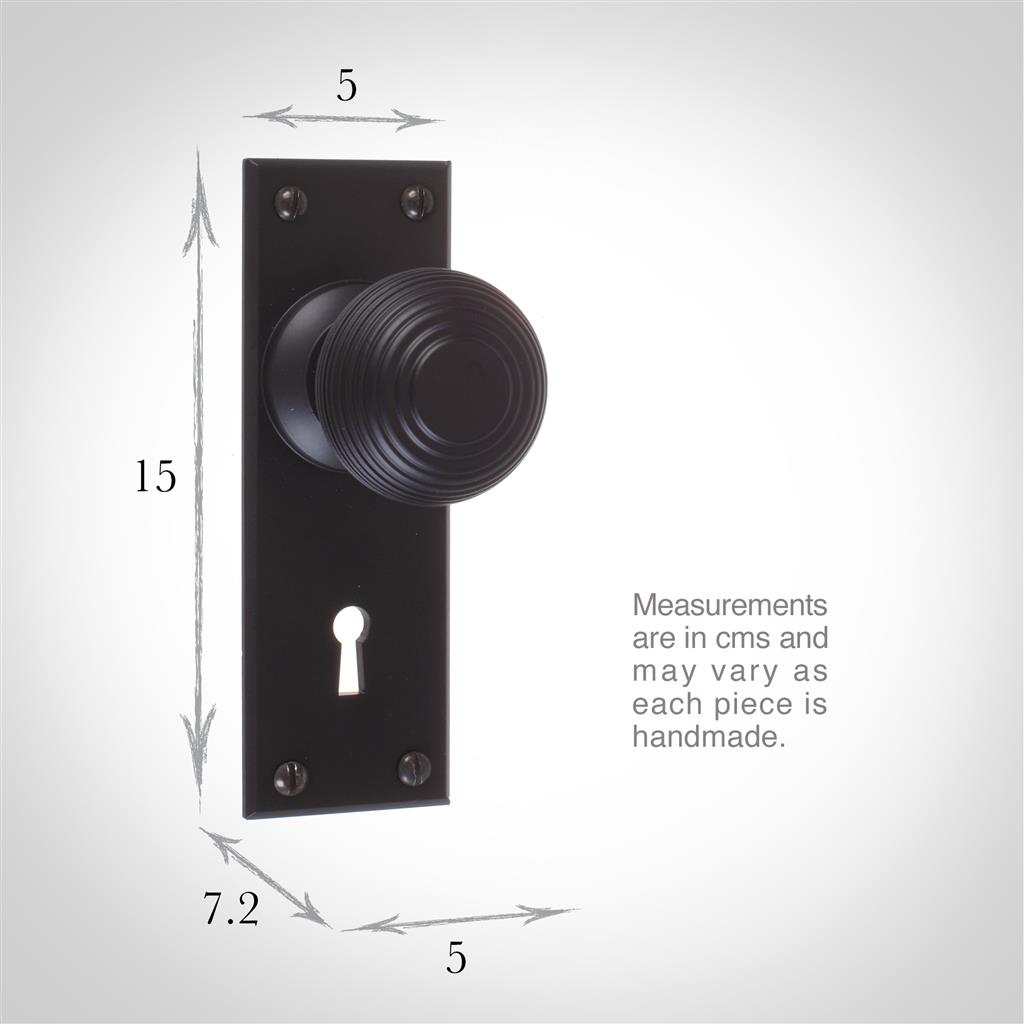 Reeded Door Knob, Bristol Keyhole Plate, Matt Black