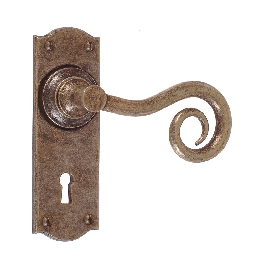 Curled Handle, Nowton Keyhole Plate, Antiqued Brass