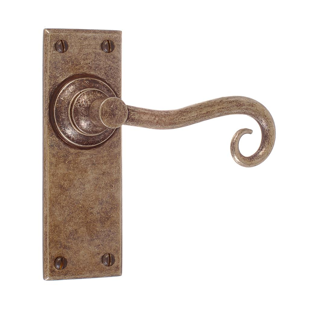 Scrolled Handle, Bristol Plain Plate, Antiqued Brass
