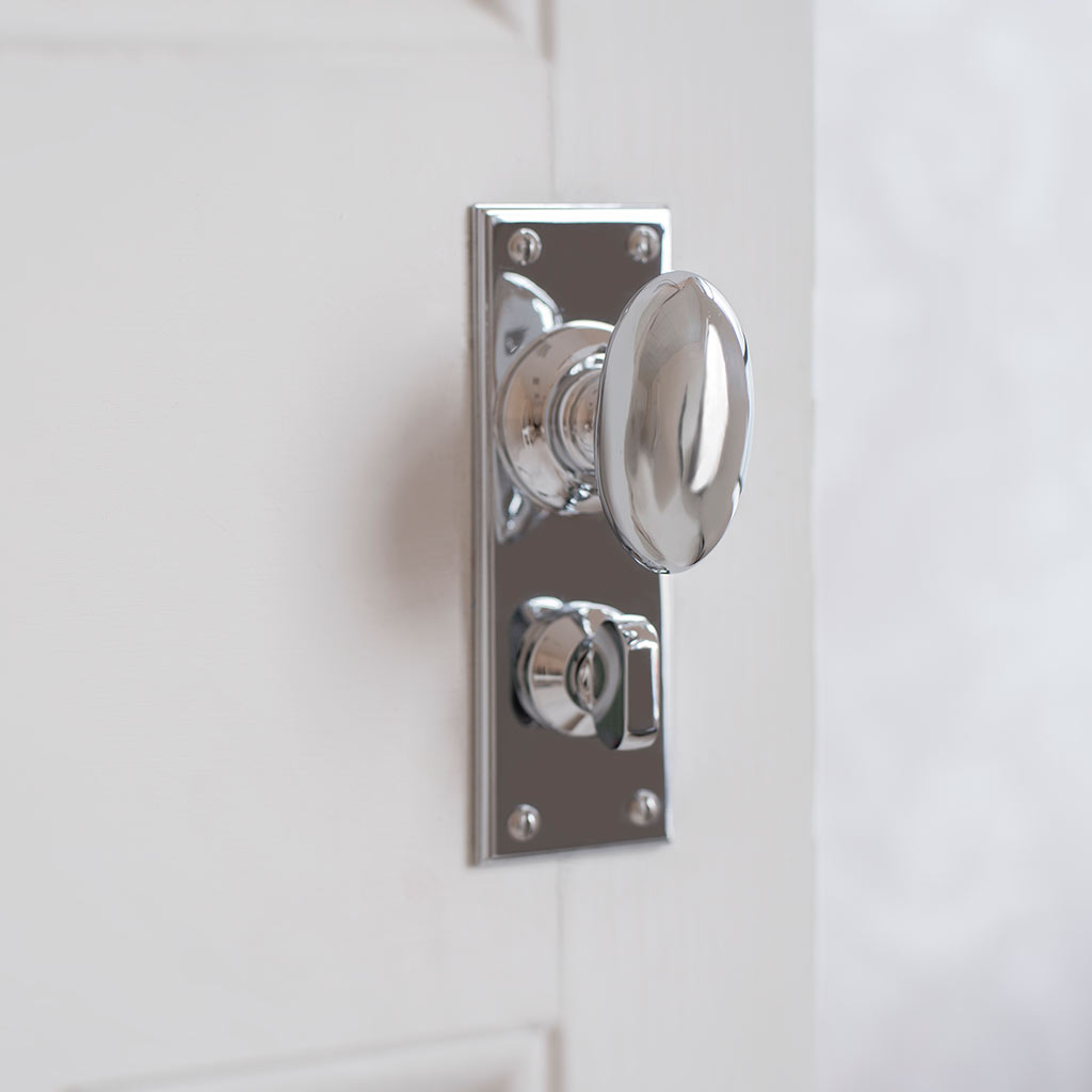 Downley Knob, Ripley Privacy Backplate in Nickel