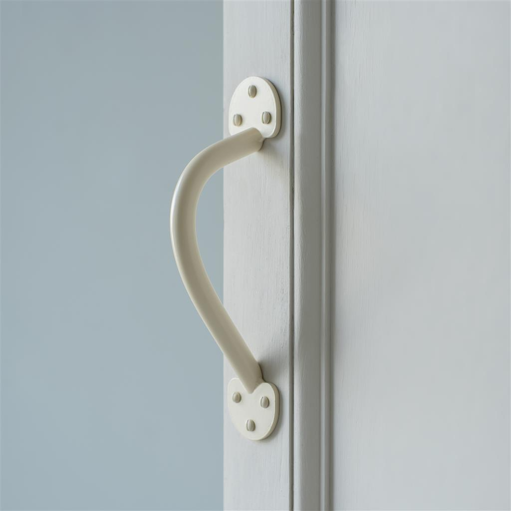 Stoke Tye Door Pull in Plain Ivory(discontinued, only stock shown available)