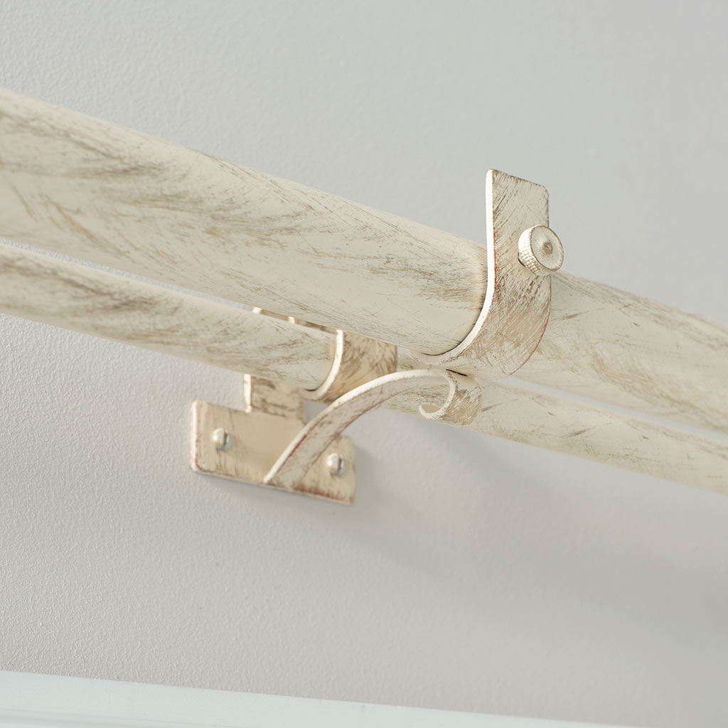 38/20mm Double Pole Centre Bracket in Old Ivory