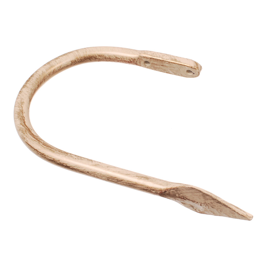 Large Spear Holdback in Old Ivory