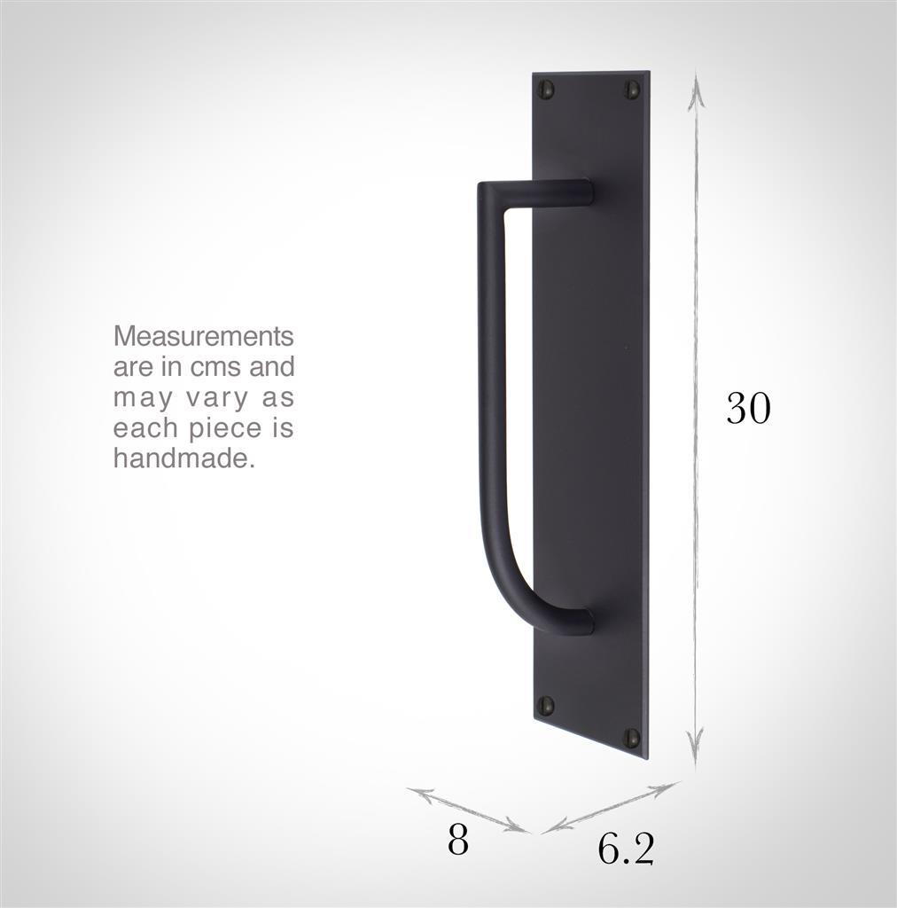Finsbury Door Pull in Matt Black