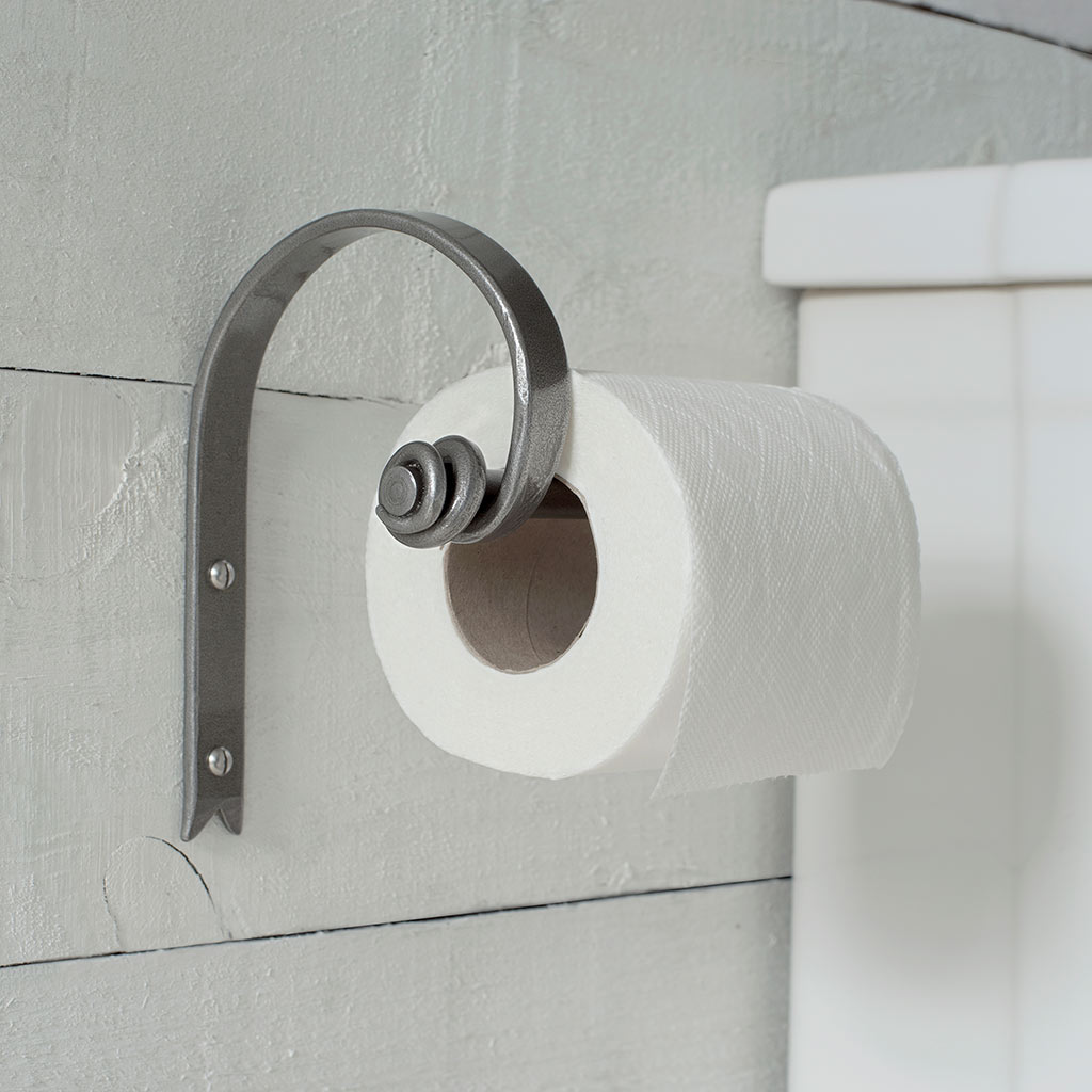 Hatton Loo Roll Holder in Polished