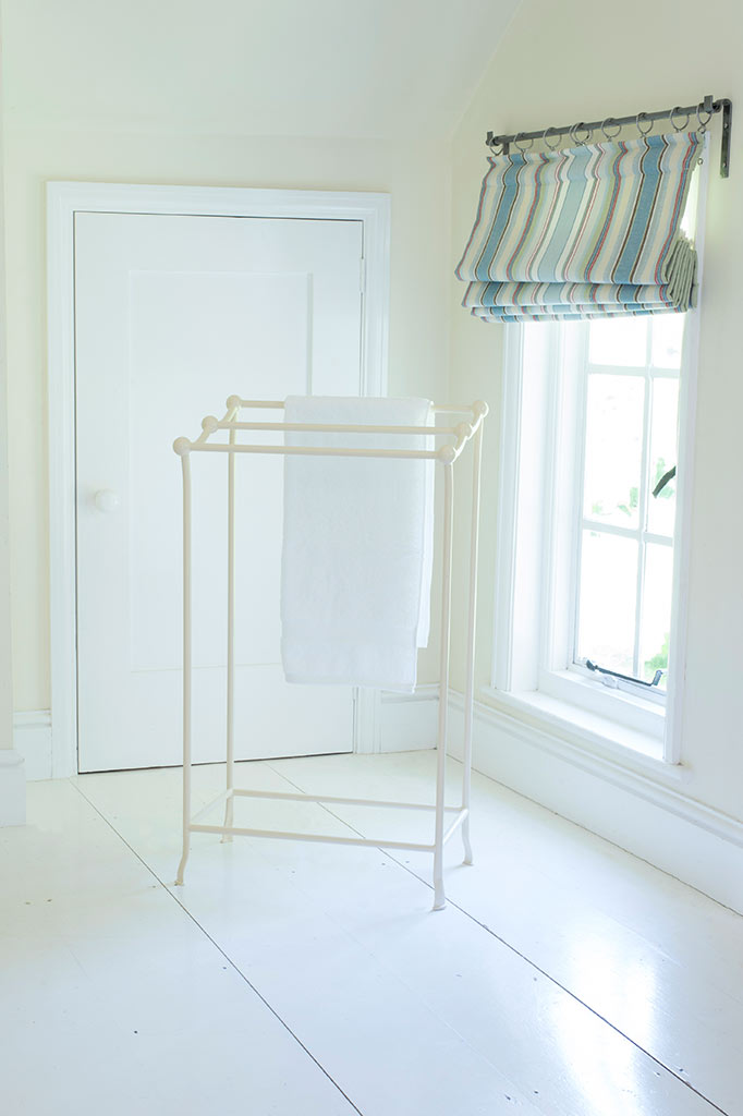 Small Tallow Towel Rail Clothes Horse Bathroom Plain