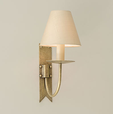 Single Cottage Wall Light in Antiqued Brass