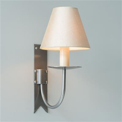 Single Cottage Wall Light in Polished