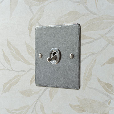 1 Gang Steel Dolly Switch Polished Hammered Plate