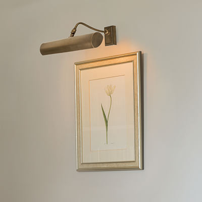 Drummond Picture Light (Medium) Wall Mount