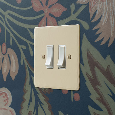 2 Gang White Grid Switch Plain Ivory Hammered Plate