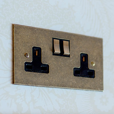 2 Gang Plug Socket AB Bevelled Plate, Brass Switch
