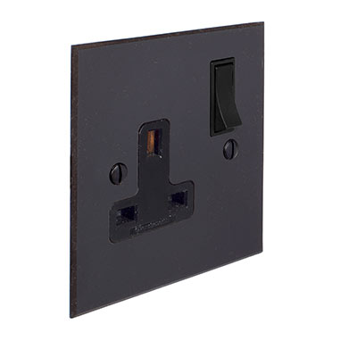 1 Gang Plug Socket Beeswax Bevelled Plate, Black Switch