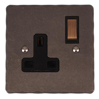1 Gang Plug Socket Polished Hammered Plate,(discontinued, only stock shown available)