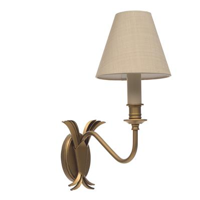 Single Plantation Wall Light in Old Gold