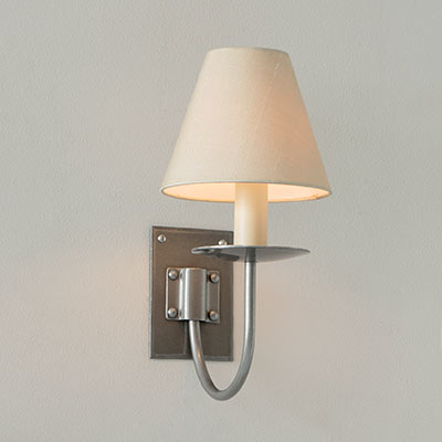 Single Smuggler's Wall Light in Polished