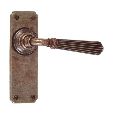 Bromley Handle, Ilkley Plain Plate, Antiqued Brass