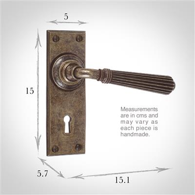 Bromley Handle, Ripley Keyhole Plate, Antiqued Brass