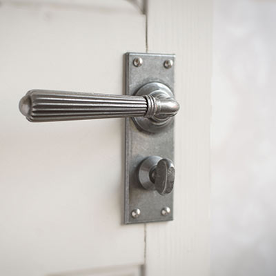 Bromley Handle, Bristol Privacy Plate, Polished
