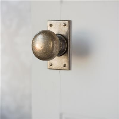 Holkham Door Knob, Bristol Short Plate, Antiqued Brass