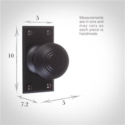Reeded Door Knob, Ripley Short Plate, Matt Black