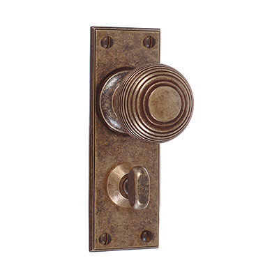 Reeded Door Knob, Ripley Privacy Plate, Antiqued Brass